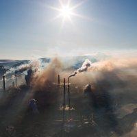 Индустриальный пейзаж :: Александр Страх