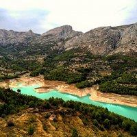 Водохранилище на реке Гвадалест :: Сергей Карачин