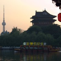 Вечер на озере в  Тайчжоу :: Виталий  Селиванов
