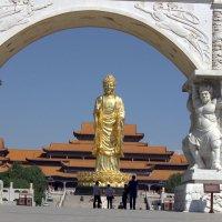 Храм  Золотого Будды :: Виталий  Селиванов
