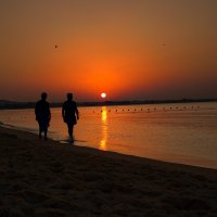 Раннее утро в Тунисе :: Павел Голубев
