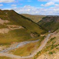 Дорога к Эльбрусу в урочище Джилы-Су :: Vladimir 070549