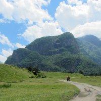 Двоем в горах :: Виталий Купченко