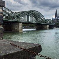 Вид на Кёльнский собор с противоположного берега Рейна :: Константин Тимченко