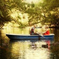 Прогулка на лодке :: Anton Shumaev