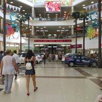 Мегацентр на Кубани. Можно погулять и отдохнуть :: Татьяна Смоляниченко