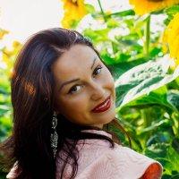 портрет в подсолнухе :: Виктория Левина