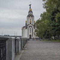 Собор на набережній :: Дмитрий Гончаренко