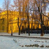 Вечер на Кленовой :: Константин Бобинский