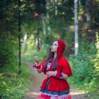 Красная шапочка) :: Андрей Мирошниченко
