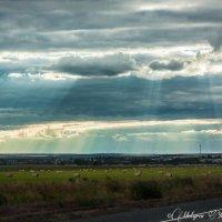 закат над стогами :: юрий мотырев