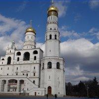Колокольня Ивана Великого Московского Кремля :: Вера