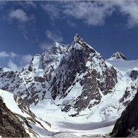 Пик Щуровского — вершина Центрального Кавказа. Высота — 4259 метра. :: Lmark
