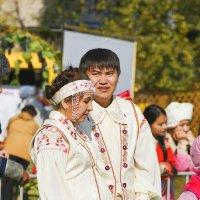 Семейная пара :: юрий Амосов