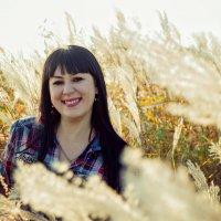 Марина. Осенний портрет :: Tatyana Belova