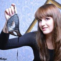 Снимайте маски, господа! :: Yelena LUCHitskaya