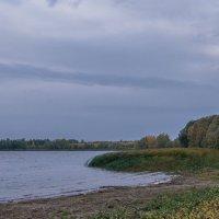 Осенний ветер. :: Сергей Исаенко