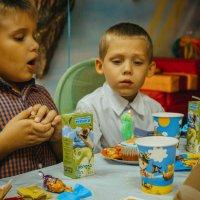 Праздник  детства :: Катерина Орлова