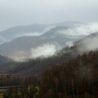 Укрылись туманом           Старые горы           Сон будет недолог… :: Алексей (АСкет) Степанов