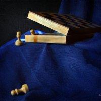 Приключения маленьких пешек или побег из шахматной коробки :: Галина Galyazlatotsvet