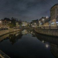 В гранитных берегах волнистые изгибы :: Valeriy Piterskiy