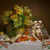 Яркими красками осень сияет... :: Валентина Колова