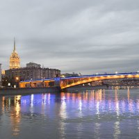 Сумерки на Москве-реке :: Олег Пученков