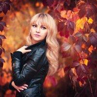 Осенняя... :: Людмила