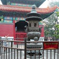 Пекин, ламаистский монастырь :: Сергей Смоляр