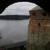Крепость Олавинлинна, озеро Хаапавеси :: Марина Домосилецкая