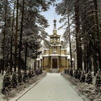 Серафима Саровского церковь. . :: Сергей Кочнев
