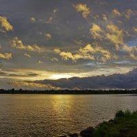 Закат над Свирским озером. :: Ирина Нафаня