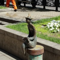 малая скульптура на Руставели :: Лидия кутузова