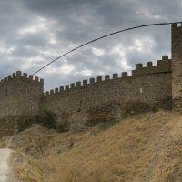Судакская (Генуэзская) крепость. :: Анатолий Щербак