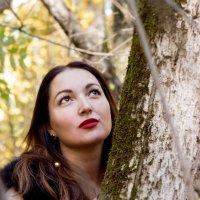 Осенняя прогулка по незнакомому лесу :: Анна