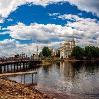 Парадный вход :: Александр Горбунов