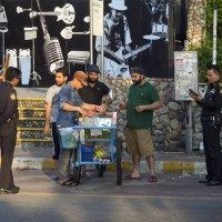 Таиланд. Паттайя. Тайская полиция не шутит :: Владимир Шибинский