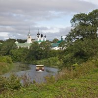 Прогулка по реке :: Константин