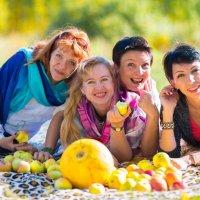 Весёлые подруги.....))))))))))))) :: игорь козельцев