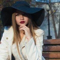 Незнакомка в шляпе :: Валерия Photo