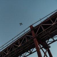 Мост 25 апреля в Лиссабоне, фрагмент :: Dimirtyi