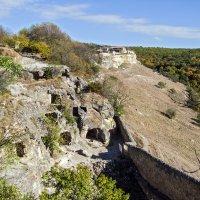 Многоэтажка в пещерном городе :: Юрий Яловенко