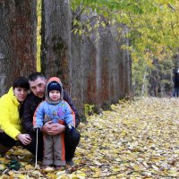 Осенняя прогулка :: Игорь