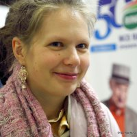 образ девушки или говорящий взляд :: Олег Лукьянов