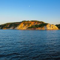 Скалистый берег Волги :: Сергей Тагиров