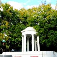 Ротонда в парке... :: Тамара (st.tamara)