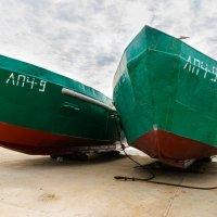 Рыбацкие лодки :: Сергей Кучеренко