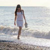 Идущая по волнам :: Aлла Н