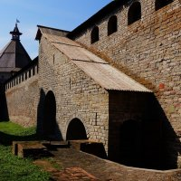 Древние стены :: Ирина Шурлапова