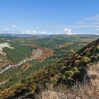 Долина в начале осени :: Юрий Яловенко